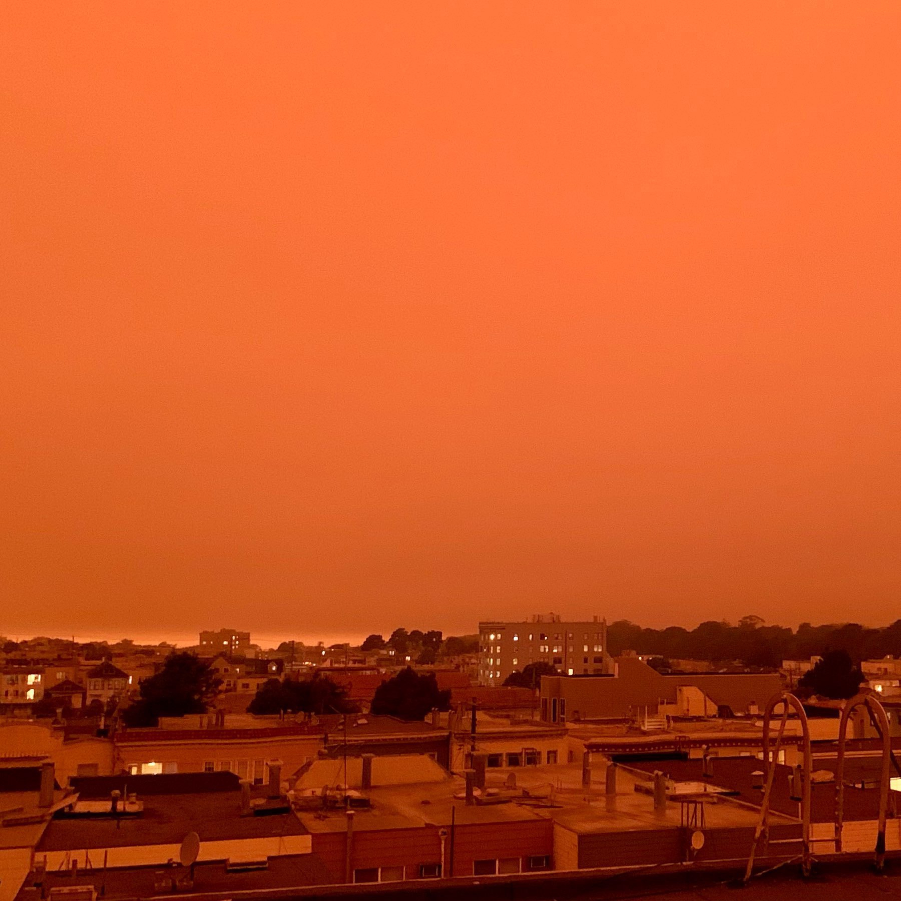 Red skies over San Francisco looking forwards the Pacific Ocean